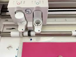 cutting vinyl with silhouette cameo for beginners silhouette
