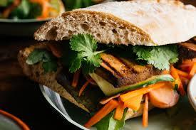 sriracha mayo nutrition tofu bánh mì w sriracha cashew mayo quick pickled radish and