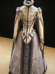 ollivier henry costume early 17th century spanish style 1600