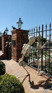 Halloween Skeleton Decoration Ideas by Halloween Decorating With Skeletons Diy Inspired