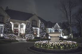 Outdoor Christmas Light Safety - residential christmas light installation
