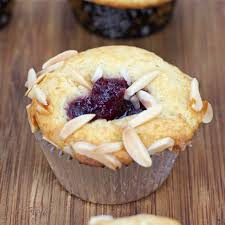 cranberry thanksgiving muffins recipe mrbreakfast