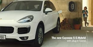 Porsche Cayenne S Hybrid - 2015 cayenne s e hybrid commercial refueling is child u0027s play