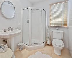 traditional 3 4 bathroom with high ceiling u0026 pedestal sink in