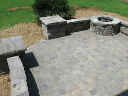 Diy Patio With Pavers Patio Ideas Paver Patio Designs Diy Paver Patio Retaining Wall