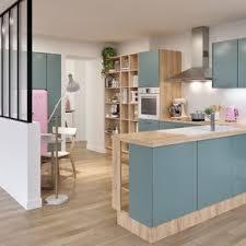 cuisine bleu clair cuisine bleu et bois clair avec une verrière cuisine et salle à