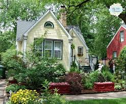 Small Cottage Homes Best 20 Yellow Cottage Ideas On Pinterest Cottages Tiny