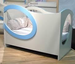 chambre bébé fabrication lit bébé plexiglas victor le de valérie