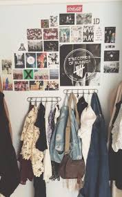 Cool Things To Put On Your Bedroom Wall Best 25 Hipster Bedrooms Ideas On Pinterest Bedspreads
