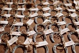 rustic wedding favors barn wedding guide the ultimate planning resource 2017 venuelust