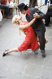which side does st go on a couple does the tango alongside a street side cafe in la boca