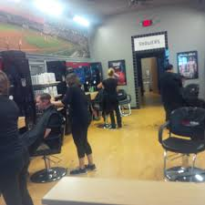 sports clips haircuts men u0027s hair salons 1051 shoppes blvd