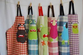 tablier de cuisine pour enfants les tabliers cuisine enfants chez picoti pour nos petits