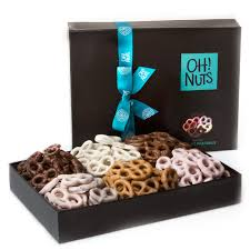 kosher gift baskets gift baskets shop for every occassion oh nuts