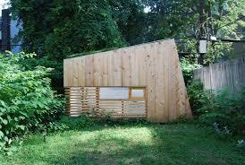 hunt architecture u0027s garden studio offers a tiny backyard retreat