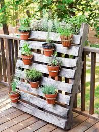 Herb Garden Idea Of Backyard Herb Garden Arrangement Ideas 10