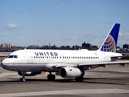 United Air Baggage United Airlines Passenger Demanding Nuts And Crackers Grounds