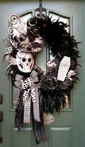 Halloween Wreath Best 10 Black Wreath Ideas On Pinterest Meaning Of Halloween