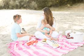 Kids Picnic Basket Impromptu Family Picnic On The Beach Best Friends For Frosting