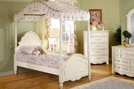 twin beds for girls girls twin canopy bed genwitch