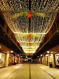 Commercial Outdoor Lighted Christmas Decorations by Best 25 Commercial Christmas Decorations Ideas On Pinterest