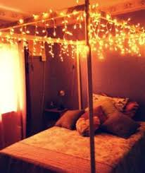 string lights in bedroom i did this in my bedroom with green