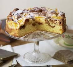 apricot u0026 ratafia sponge cake recipe bbc good food