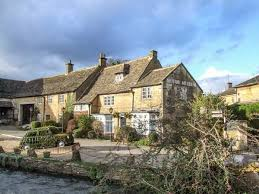 Rosemary Cottage Rentals by Rosemary Cottage Family Friendly In Bourton On The Water Ref