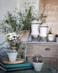 Kris Jenner Bedroom Furniture Wohndesign Engagiert Designer Kleiderhaken Plant Kris Jenner