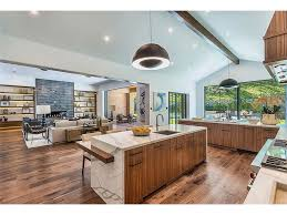 kris jenner home interior kris jenner buys new 7 39million mansion see photos