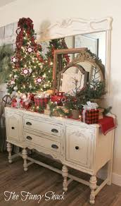 279 best christmas mantel shelf wall decor images on pinterest