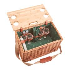picnic basket for 4 buy les jardins de la comtesse honore picnic basket 4