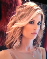 rhooc alexis bellino new bob haircut cute ℱᎯᏉᎾℛℐᏆℰ ℳᎯᏦℰ