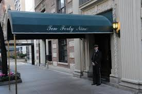 How To Build A Awning Over A Door Exlusive Fans Flock To Real U0027odd Couple U0027 Apartment Building Ny
