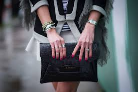 jewelry for sensitive skin sensitive skin 7 tips for choosing jewelry that won t give you a rash