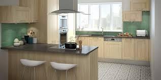 modele de decoration de cuisine modele de cuisines armoire de cuisine en aluminium avec