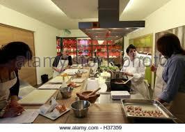 ecole cuisine a cooking class in ecole de cuisine alain ducasse alain ducasse