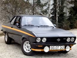 opel manta 1974 opel manta a black magic magie à bochum boitier rouge