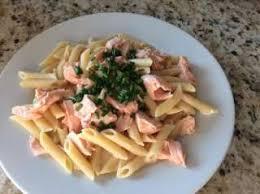 cuisiner le saumon frais recette pennes au saumon frais toutes les recettes allrecipes