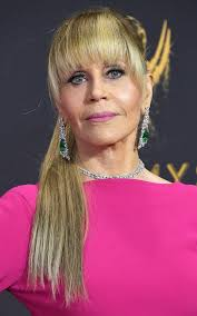 directions for jane fonda s haircut has jane fonda proved there s an age limit to wearing hair extensions