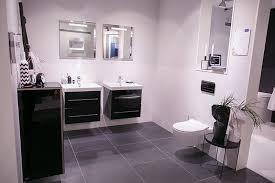 schwarze badezimmer ideen schwarze badezimmer ideen muster auf badezimmer mit fliesen im bad