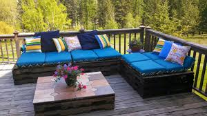 How To Make Pallet Furniture Cushions by Patio Furniture Made From Pallets White Seating Cushion Diy