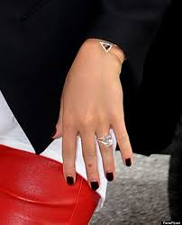 wedding ring costs hayden panettiere s engagement ring allegedly costs 500 000