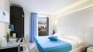 sorrento flats prices and availability