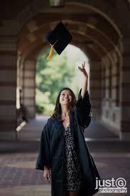 best 25 graduation pictures ideas on pinterest college senior