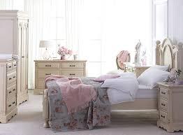 Shabby Chic Bedroom Design Shabby Chic Bedroom White Walls White Bedroom Design