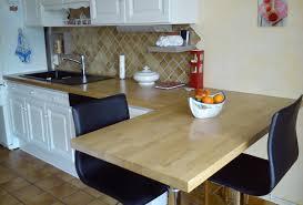 cuisine avec plan de travail en bois rénover sa cuisine avec des plans de travail en bois massif