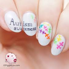 piggieluv autism awareness nail art