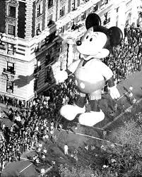 thanksgiving day shopping macy u0027s thanksgiving day parade 1973 photos macy u0027s balloons
