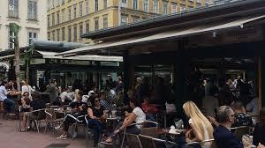 Sho Vienna visiting vienna shopping at the naschmarkt